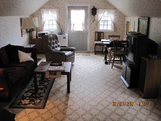 Ye Olde Danish Inn: Living Room