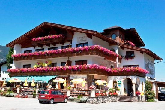 Radfeld, Austria: Hotel Aussenansicht