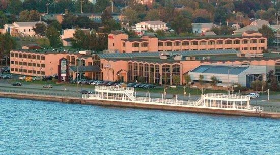 Hotel Rimouski: Vue extérieure de l'hôtel