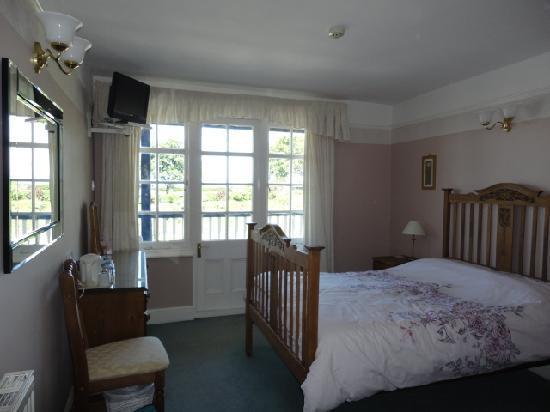 Riverside Cottage : Room 3