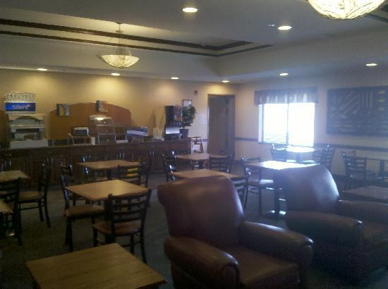 Holiday Inn Express Hotel & Suites Las Vegas : AWESOME