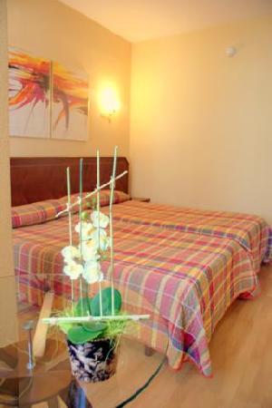 Hotel Unzaga Plaza : habitaciones junior suite
