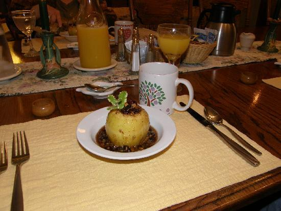 Butterfield Bed and Breakfast: Baked apple with maple-pecan sauce, 1st course for breakfast at Butterfield B&B, Julian, Ca.