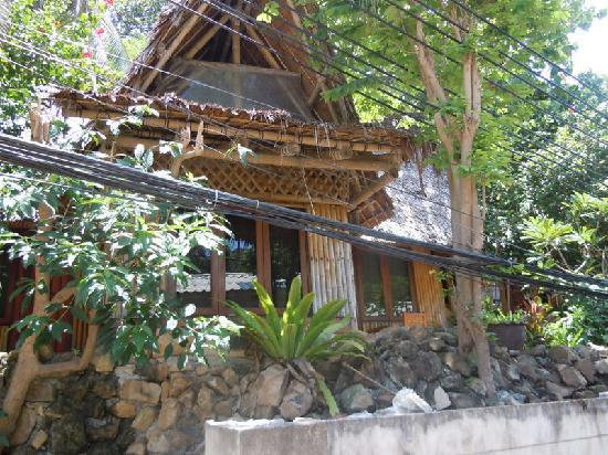 Chunut House: Outside This Bungalow