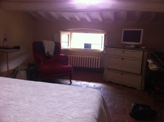 لو جيلوسي: room on topfloor