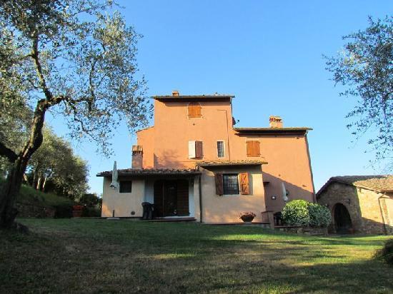 Montelupo Fiorentino, อิตาลี: La Rosa apartment