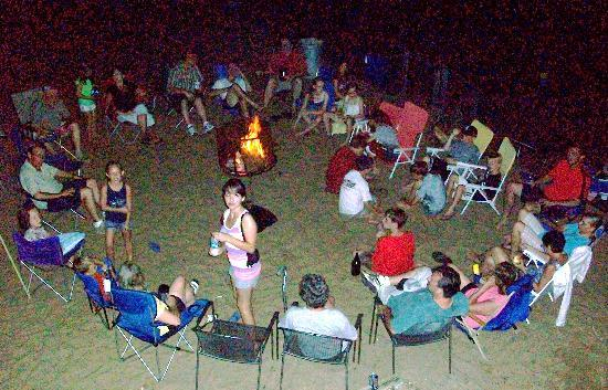White Lake Beach Resort: Campfire with friends and family, firepits are available to rent for the week
