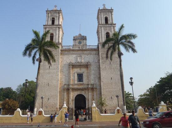 Go Natural Explorers : Catedral de valladolid