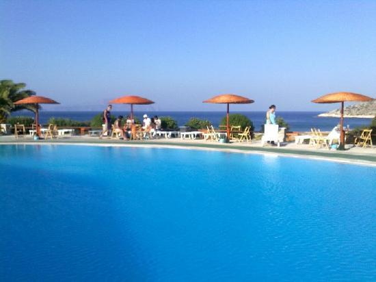 Oasis: La piscina