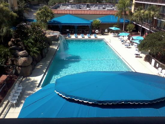Altamonte Springs Hotel and Suites: Our view from the room