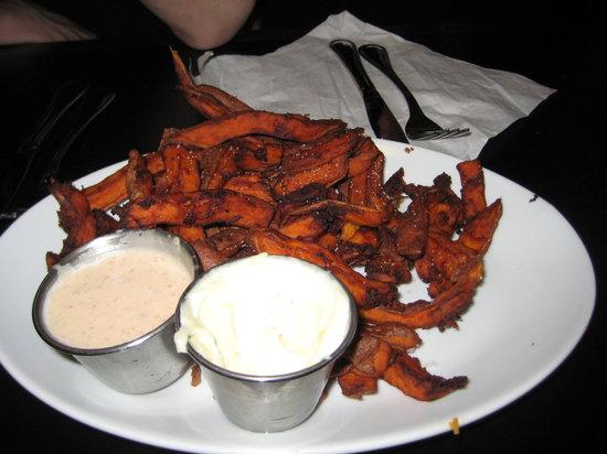 Fizz Burgers and Bottles: Sweet potato fries