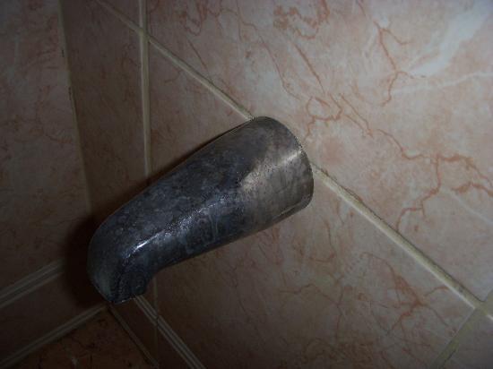 Chaguaramas, Trinidad: Dirty Tap