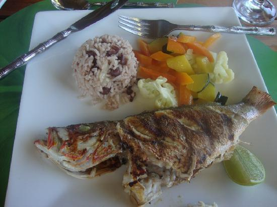 St. George's Caye, Belize: Lunch