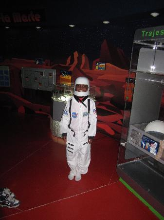 Museo de los Ninos: space center
