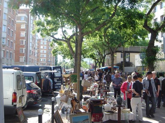 Le marche aux puces de vanves paris ce qu 39 il faut - Restaurant africain porte de clignancourt ...