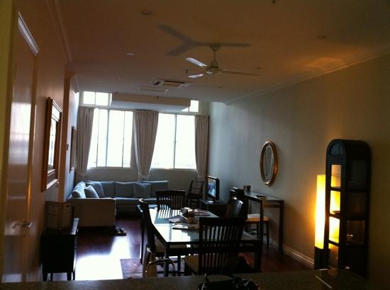 Flinders Landing Apartments: view from kitchen to lounge