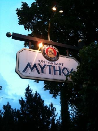 Unterhaching, Germany: Mythos