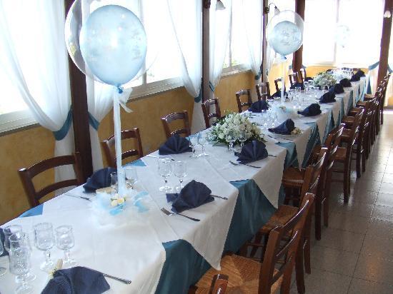 Ristorante Il Borgo: tavolo con decorazioni prima comunione