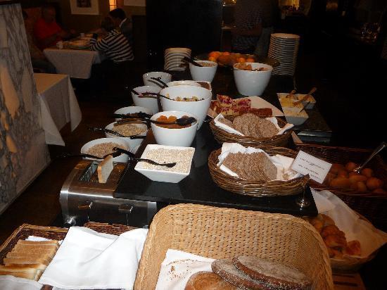 Solo Sokos Hotel Torni: cereals & bread