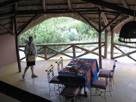 Losirwa Camp: dining area