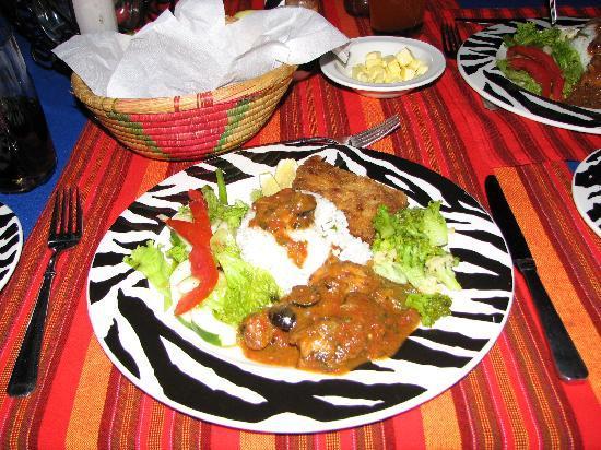Losirwa Camp: Colorful meal
