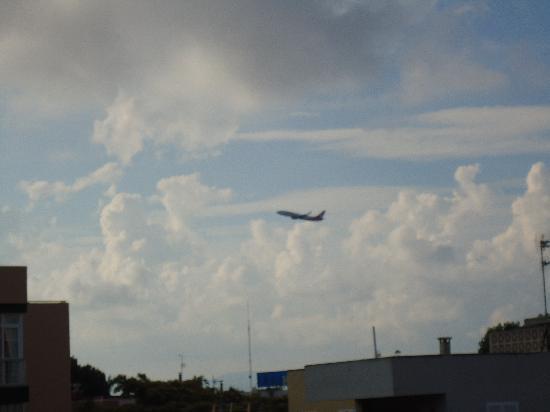 Ilusion Calma : l avion vu de notre chambre