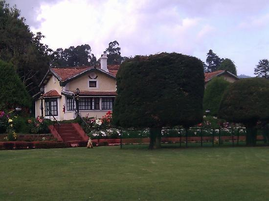 Taj Savoy Hotel, Ooty: Side View