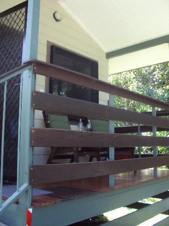 Thornton Beach Bungalows: Bungalow verandah