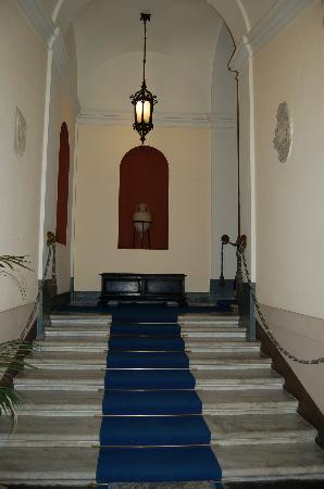 Grand Hotel Reale : grand staircase