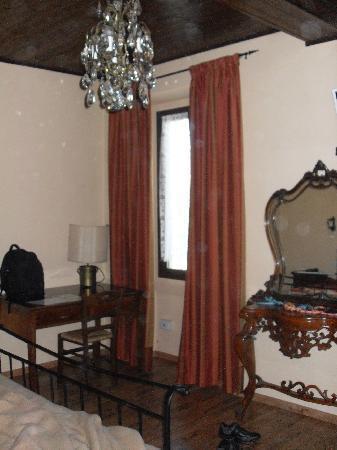Cassano d'Adda, Italy: scorcio della camera