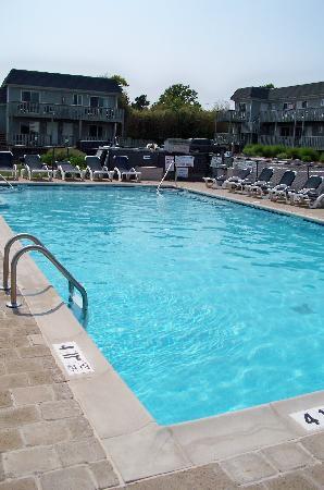 Hartman's Briney Breezes Motel: The pool