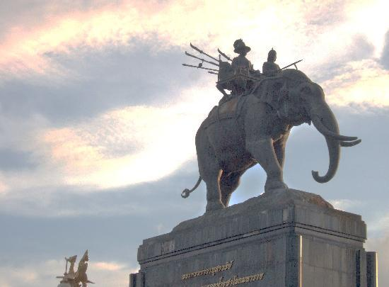Buriram Province, Thailand: Rama 1 monument in city of Buriram