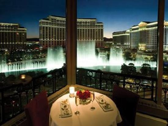 Eiffel Tower Restaurant At Paris Las Vegas Menu Prices Restaurant Re