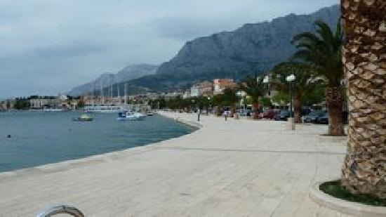 Batosic Bed and Breakfast: Makarska town