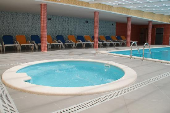 Hotel Colmeia: Swimming Pool