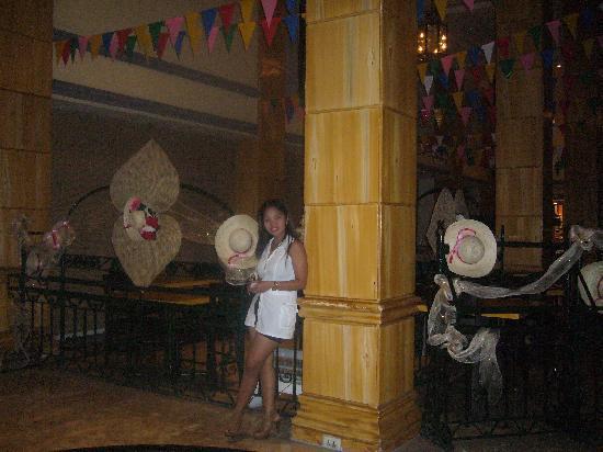 Bayview Park Hotel Manila: dining