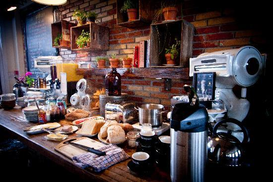 Kex Hostel: Breakfast Buffet
