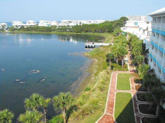 Carillon Beach Resort Inn: view from 5th floor balcony