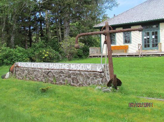 Chinook Lodge : Museum walking distance
