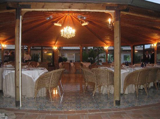 Hotel Stella Maris: patio per i pasti