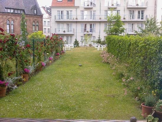 A-XL Flathotel: Le jardin est un endroit agréable pour les loisirs