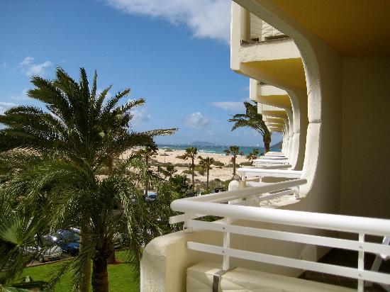 Hotel Riu Palace Tres Islas: View from balcony