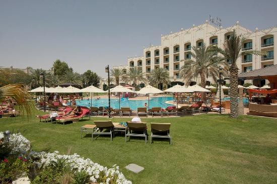 Al Ain Rotana Hotel: Hotel seen from the gardens.