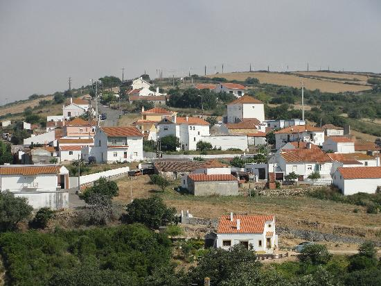 Aldeia da Mata Pequena: the village above us on the hill