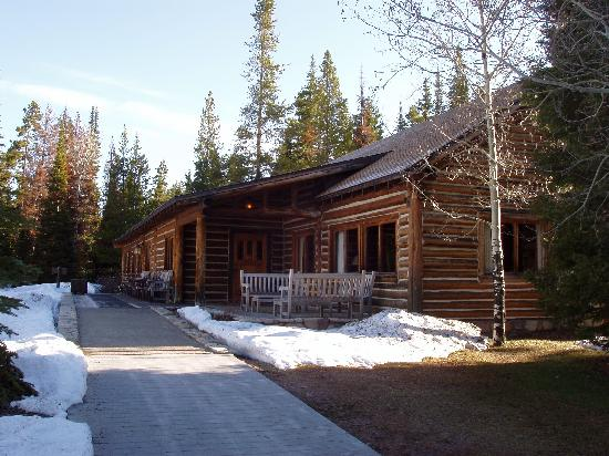 Jenny Lake Lodge: Lodge Restaurant, Front Desk, Gift Shop And Main Room With Part 65