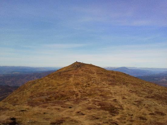 Ben Vrackie: Peak from distance