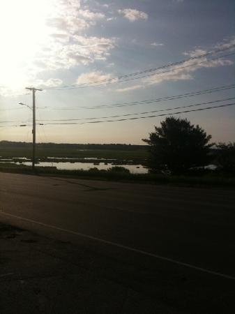 The Admiral Motel : view from parking lot