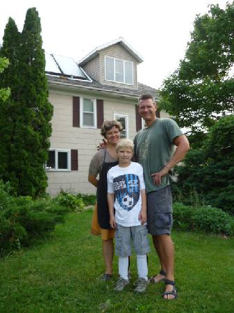 Inn Serendipity Farm and B&B: Lisa, John and son Liam