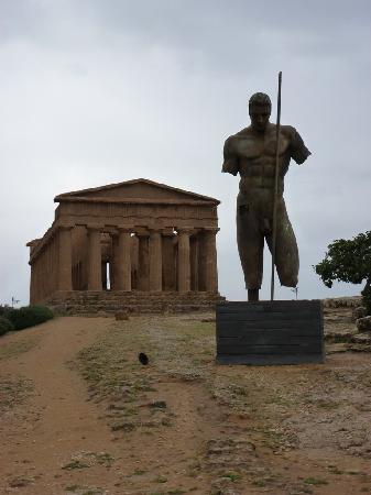 """Valley of the Temples (Valle dei Templi): """"Temple of Concord"""" and one of Igor Mitoraj's sculptures"""
