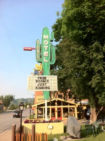 Siesta Motel: very homey